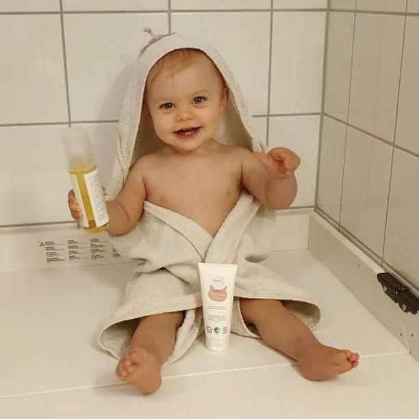Økologisk baby salve og baby olje ved kløe og irritasjon