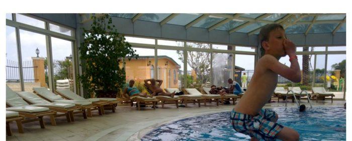 Sommarens badesesong krev  ei god og økologisk dusjolje